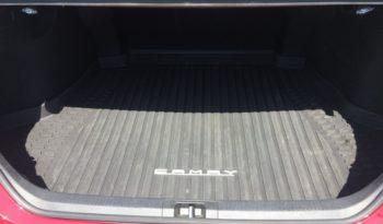 2018 Toyota Camry SE full